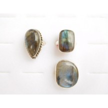 Ring / Labradorite ass shapes & sizes / sterling silver