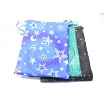 Pouch Medium / Assorted Fabric